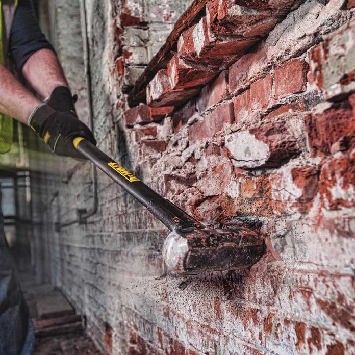 dewalt sledge hammer