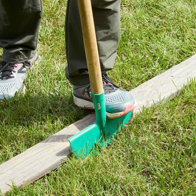 Wood plank HH Handy Hint Lawn edging