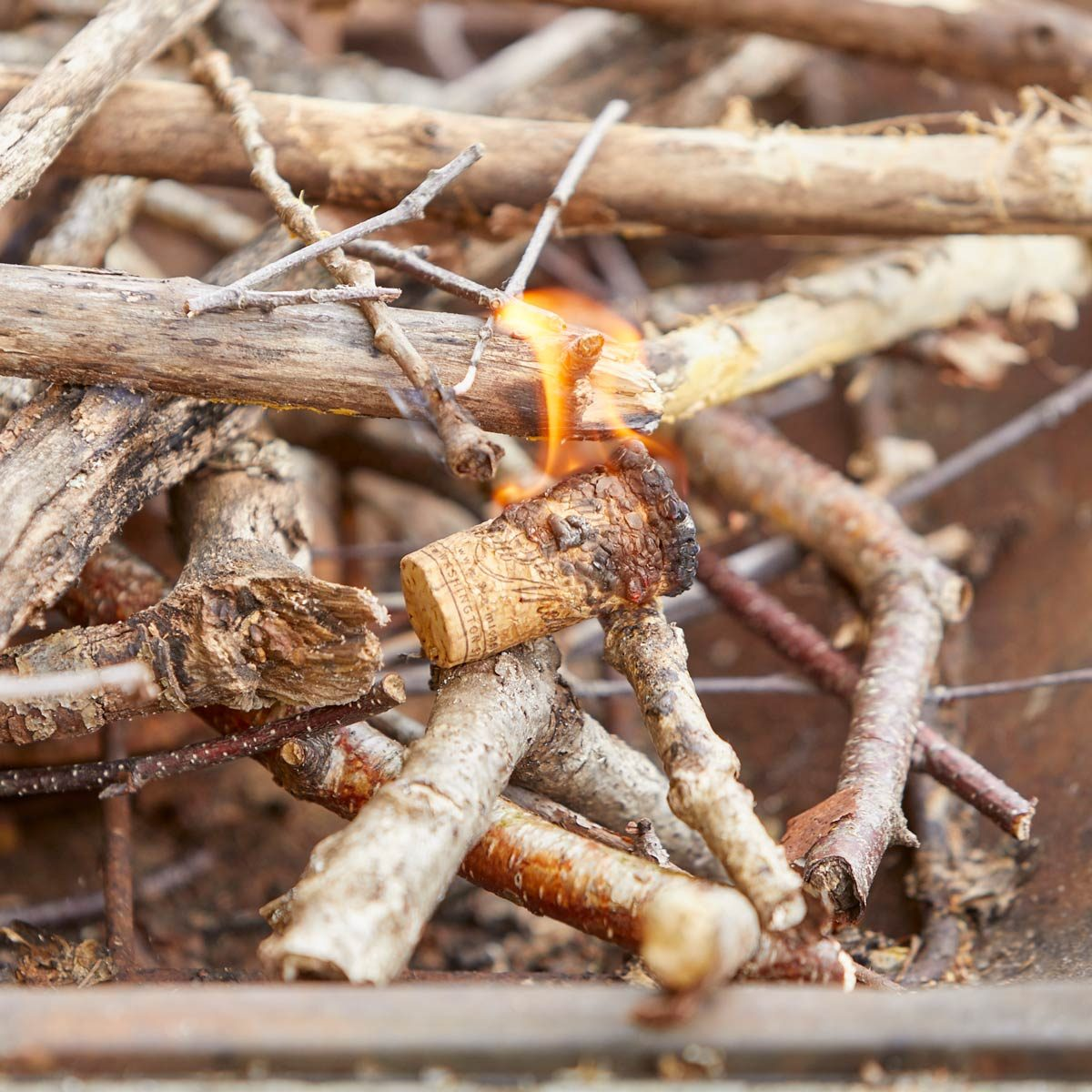 how to make cork fire starters