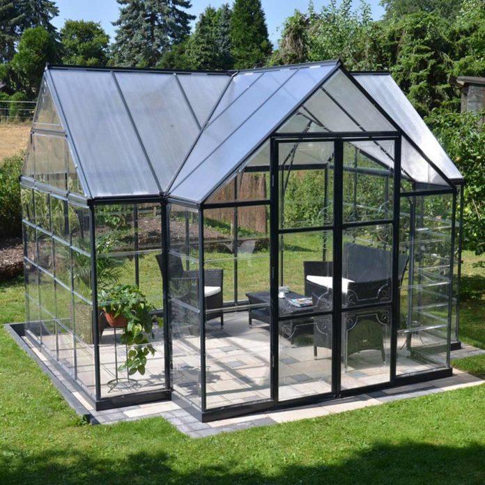 8 Backyard Greenhouse Hideaways