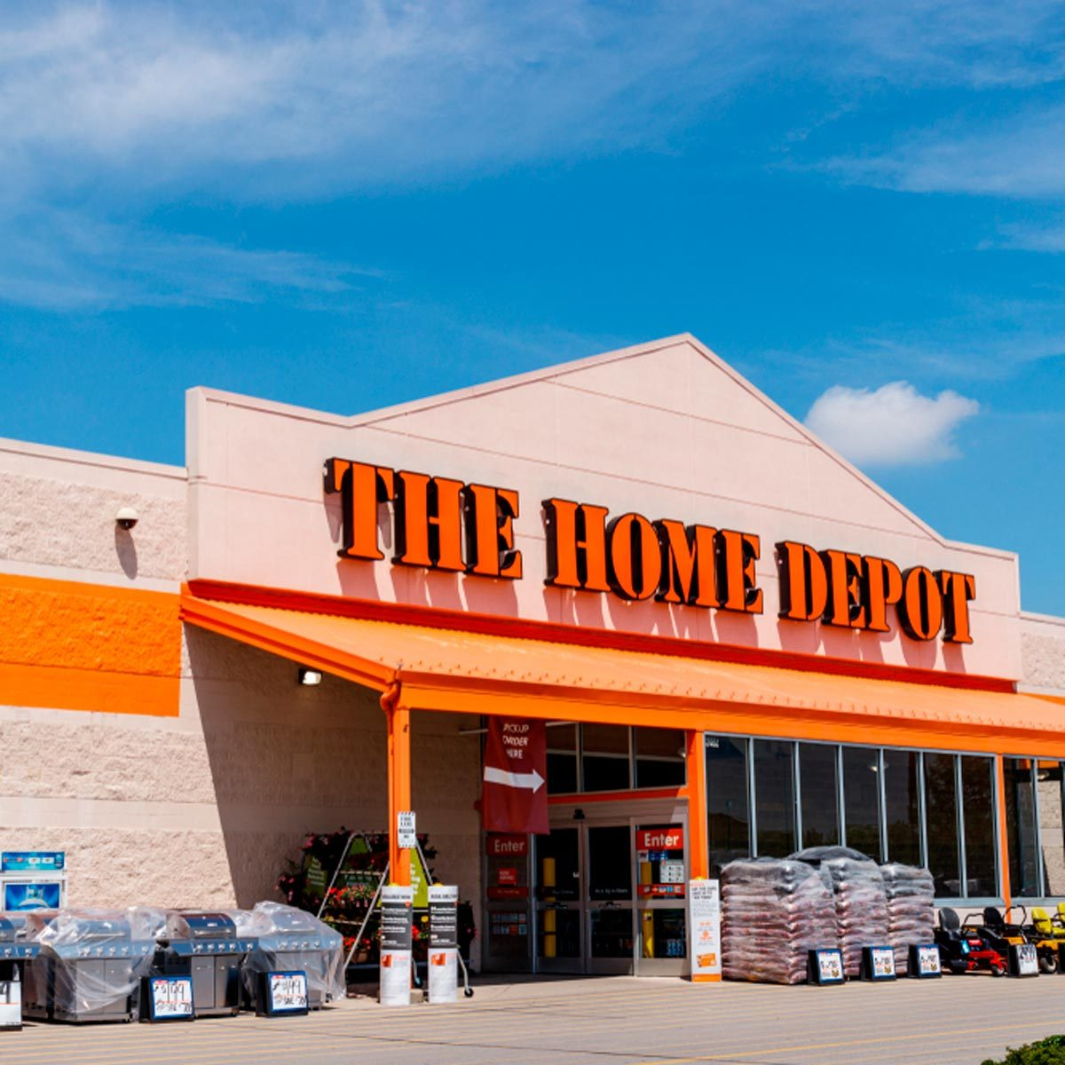 this is the best time to go to the home depot | family handyman