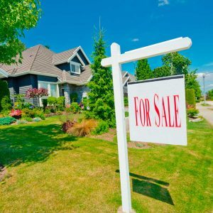10 Things Most People Forget to Check When Viewing a Home for Sale