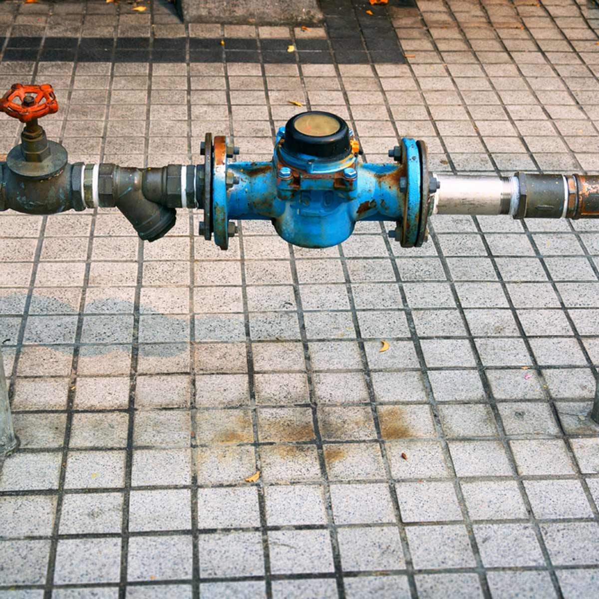The 10 most common plumbing mistakes diyers make the family handyman pipes solutioingenieria Image collections