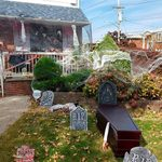 24 Spooky Ideas For Decorating Your Home This Halloween