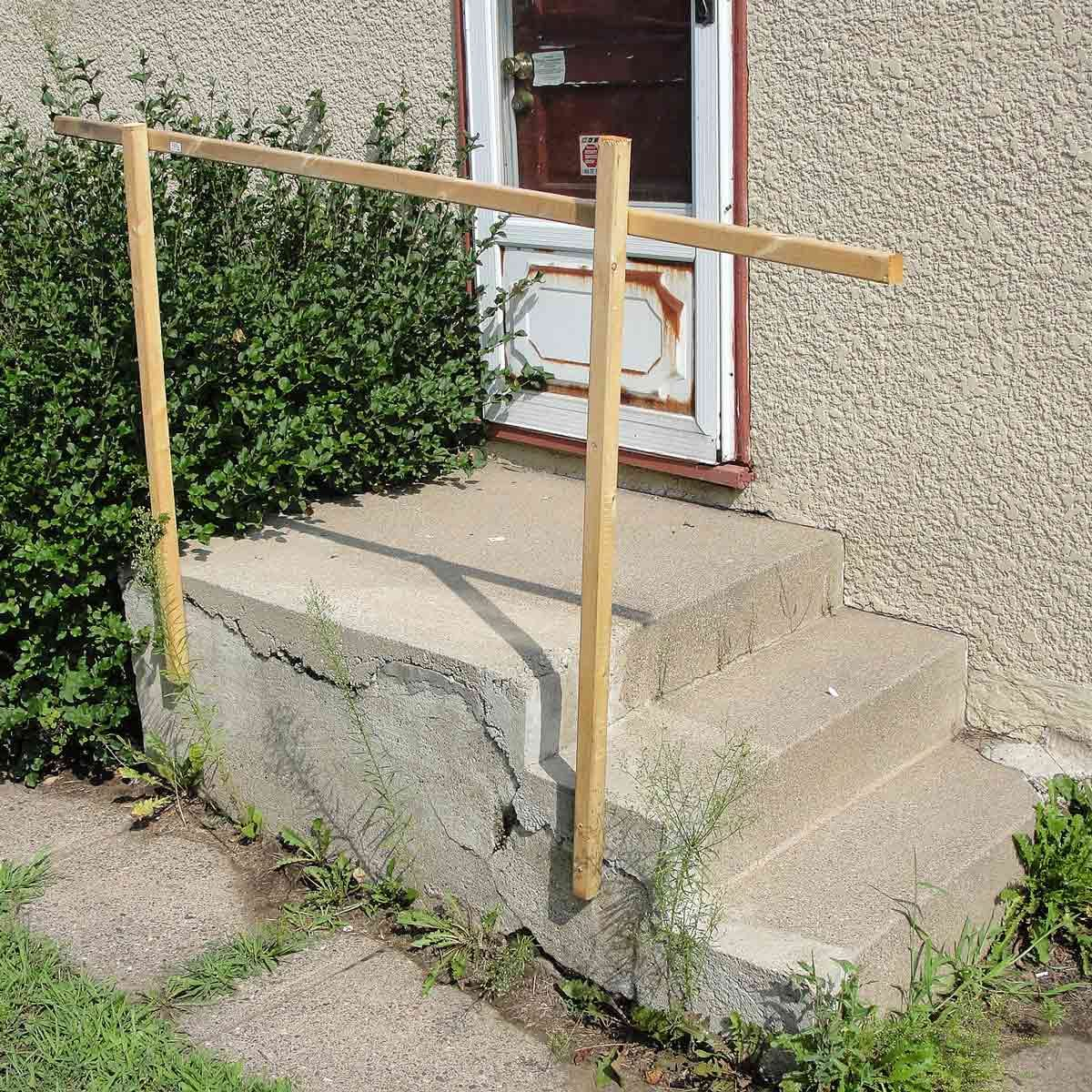 quick and easy handrail dangerous whats wrong with this picture