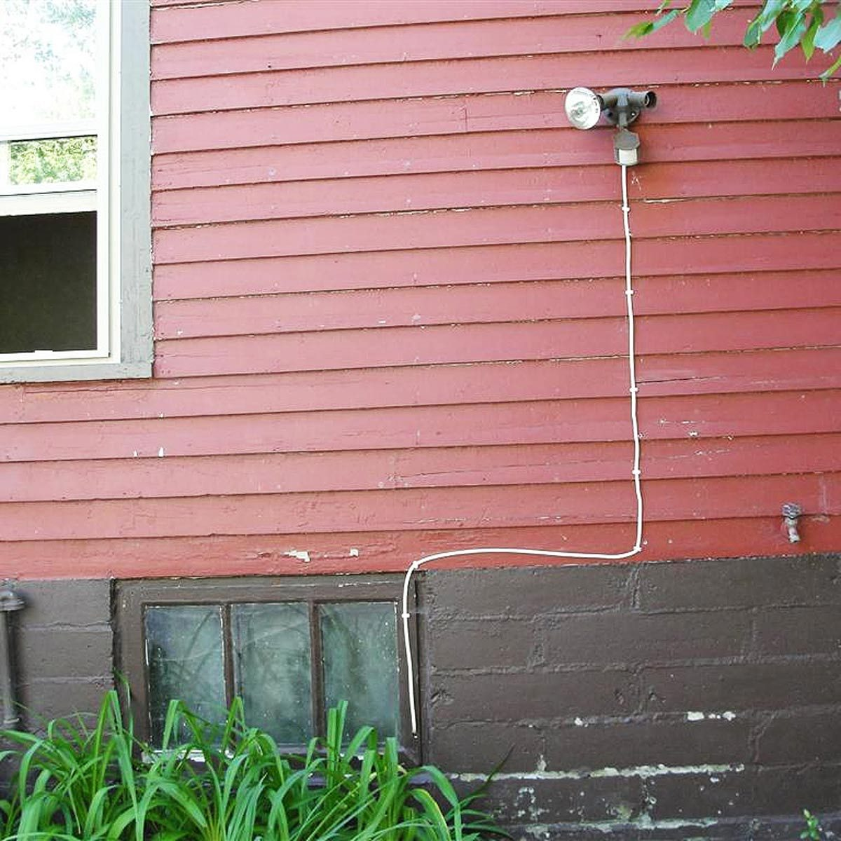 whats wrong with this picture exposed exterior electrical wire