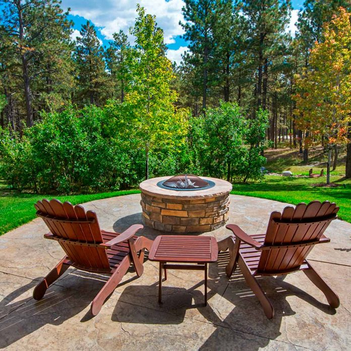 Avoid Building A Backyard Fire Pit Without Doing These Things First