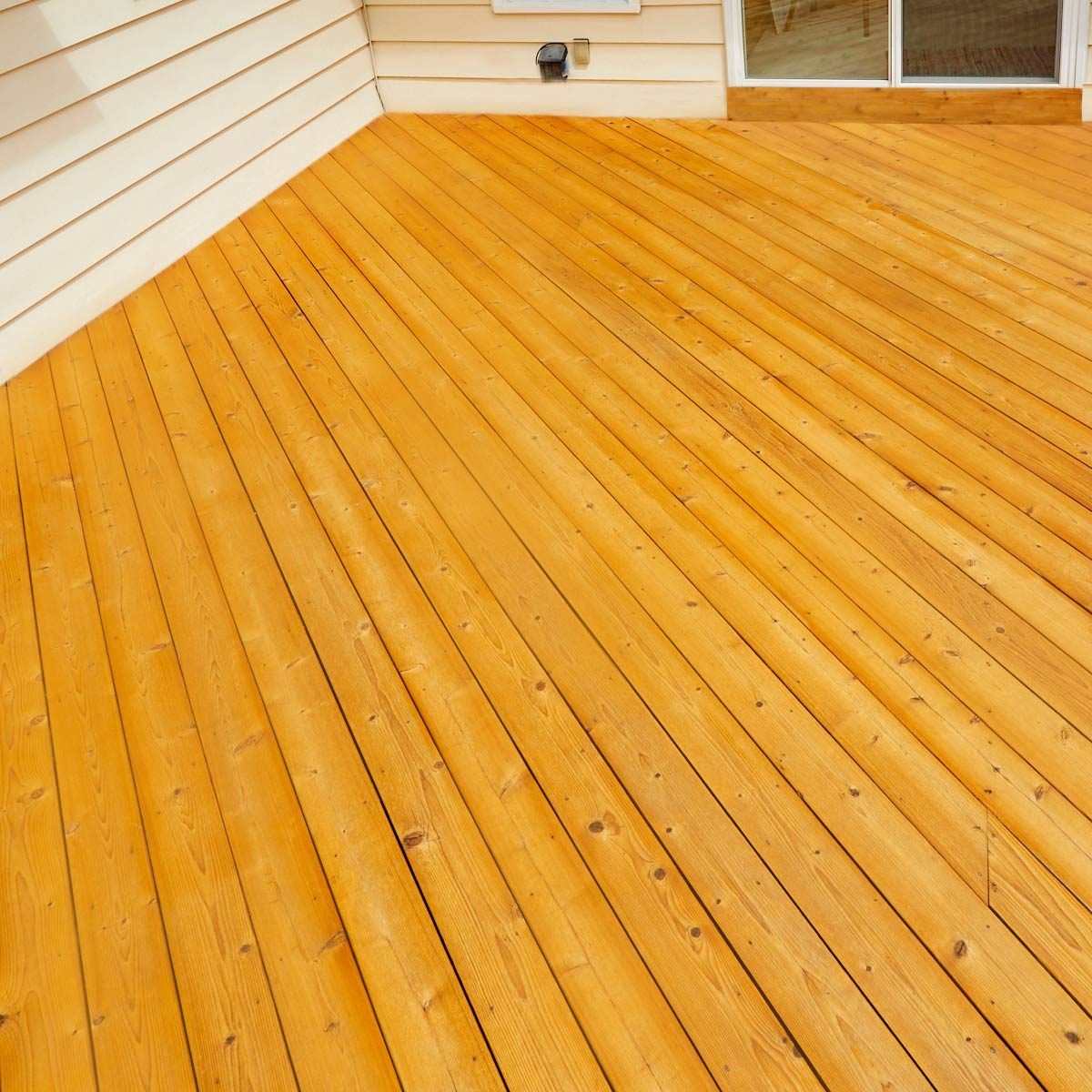 How To Choose A Deck Stain The Easy Way Family Handyman