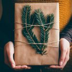 13 Holiday Decorating Ideas for Minimalists