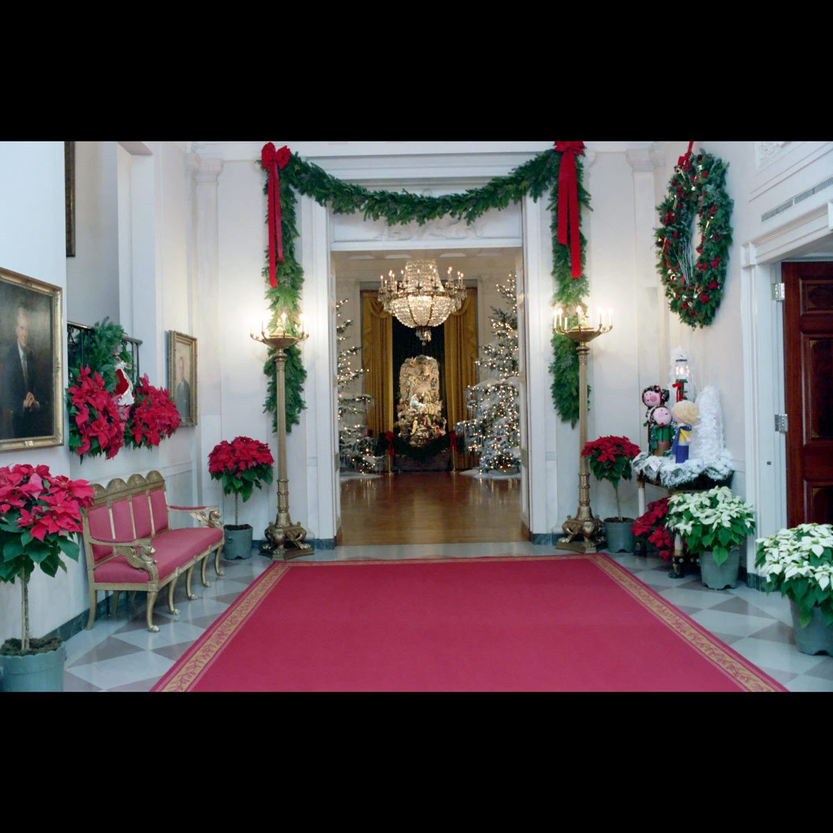 1987 White House Christmas decorations