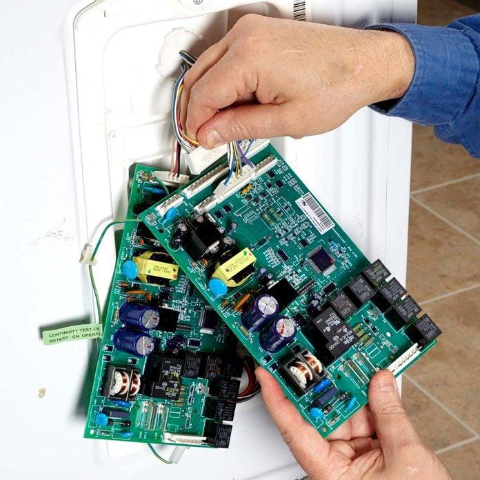 Replace a Bum Refrigerator Circuit Board