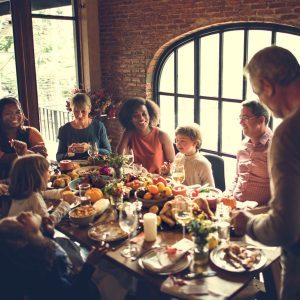 How to be a Good Guest on Thanksgiving