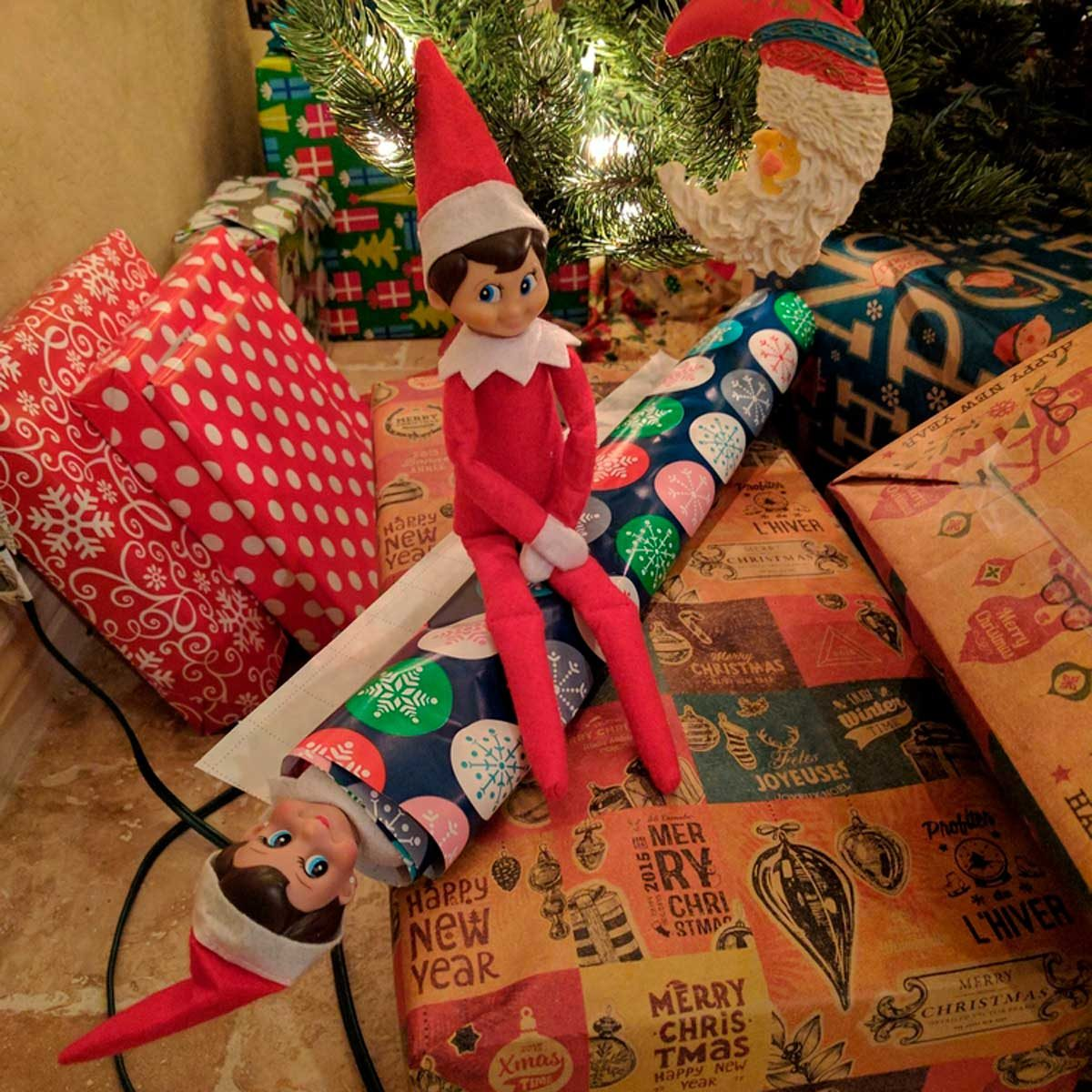 ELF CHRISTMAS EVE BOX LARGE ELVES BRIGHT GIFT WRAPPING XMAS KIDS FUN