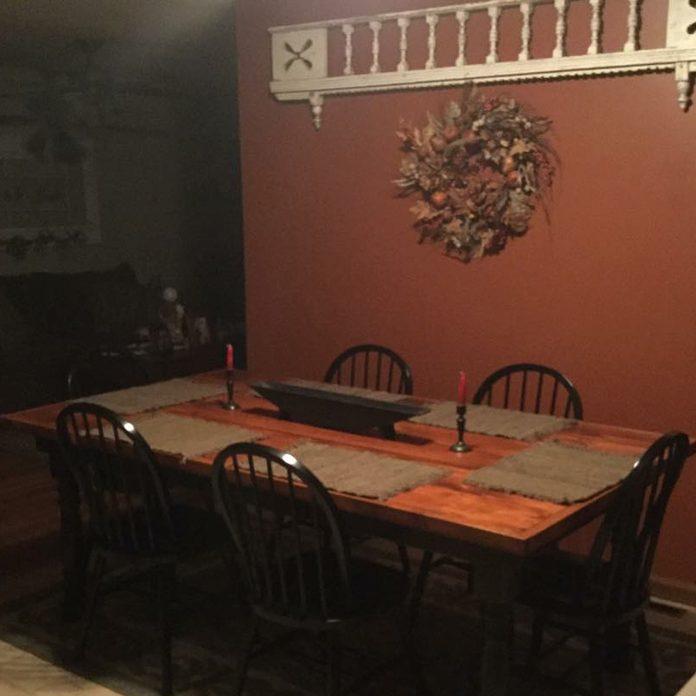 DIY-farm-table
