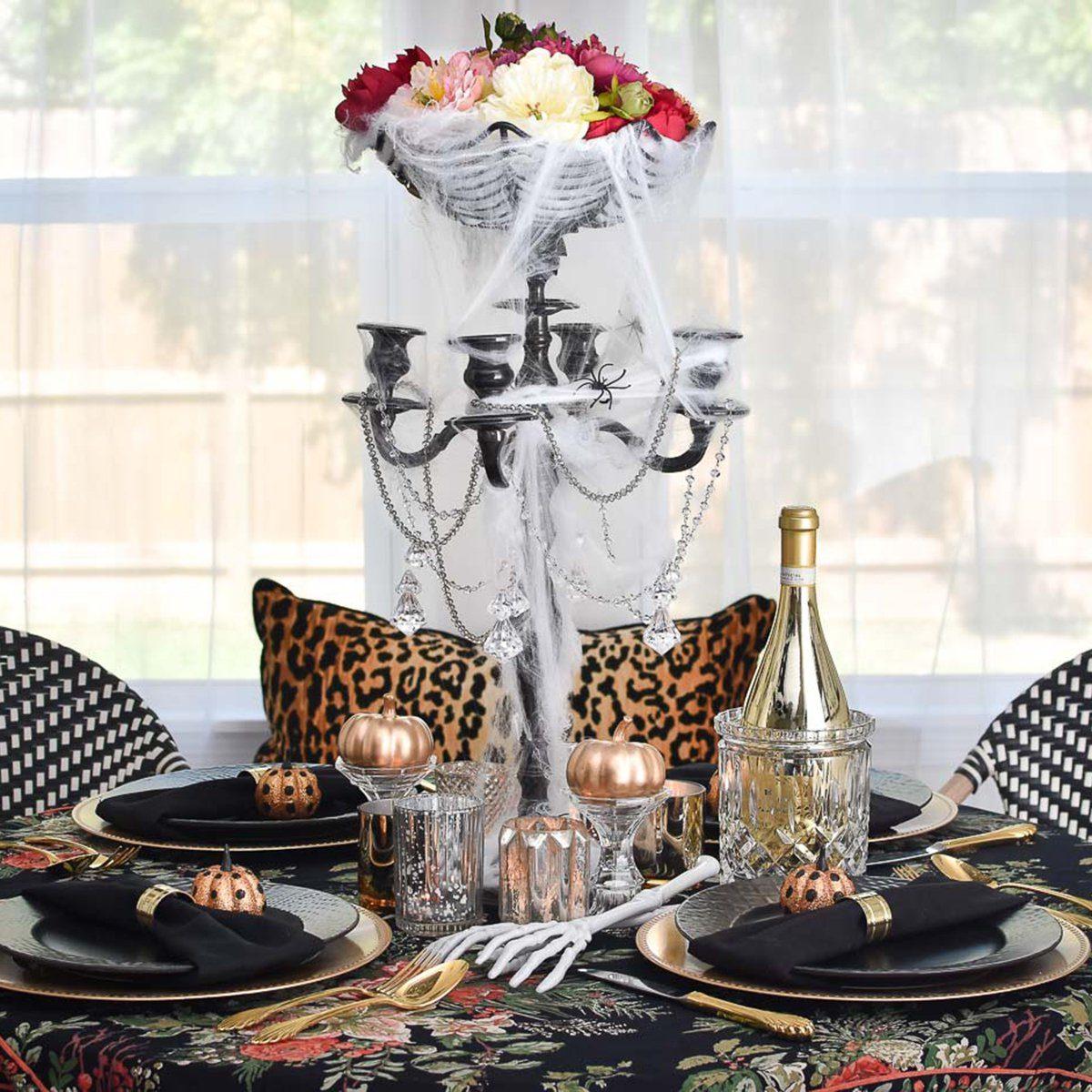 Spooky Floral Halloween Centerpiece Idea