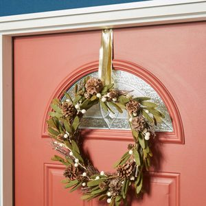 Wreath hanging hack HH handy hint command hook