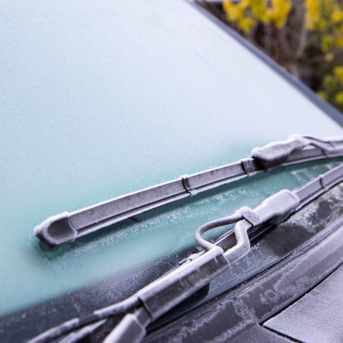 defog car windshield