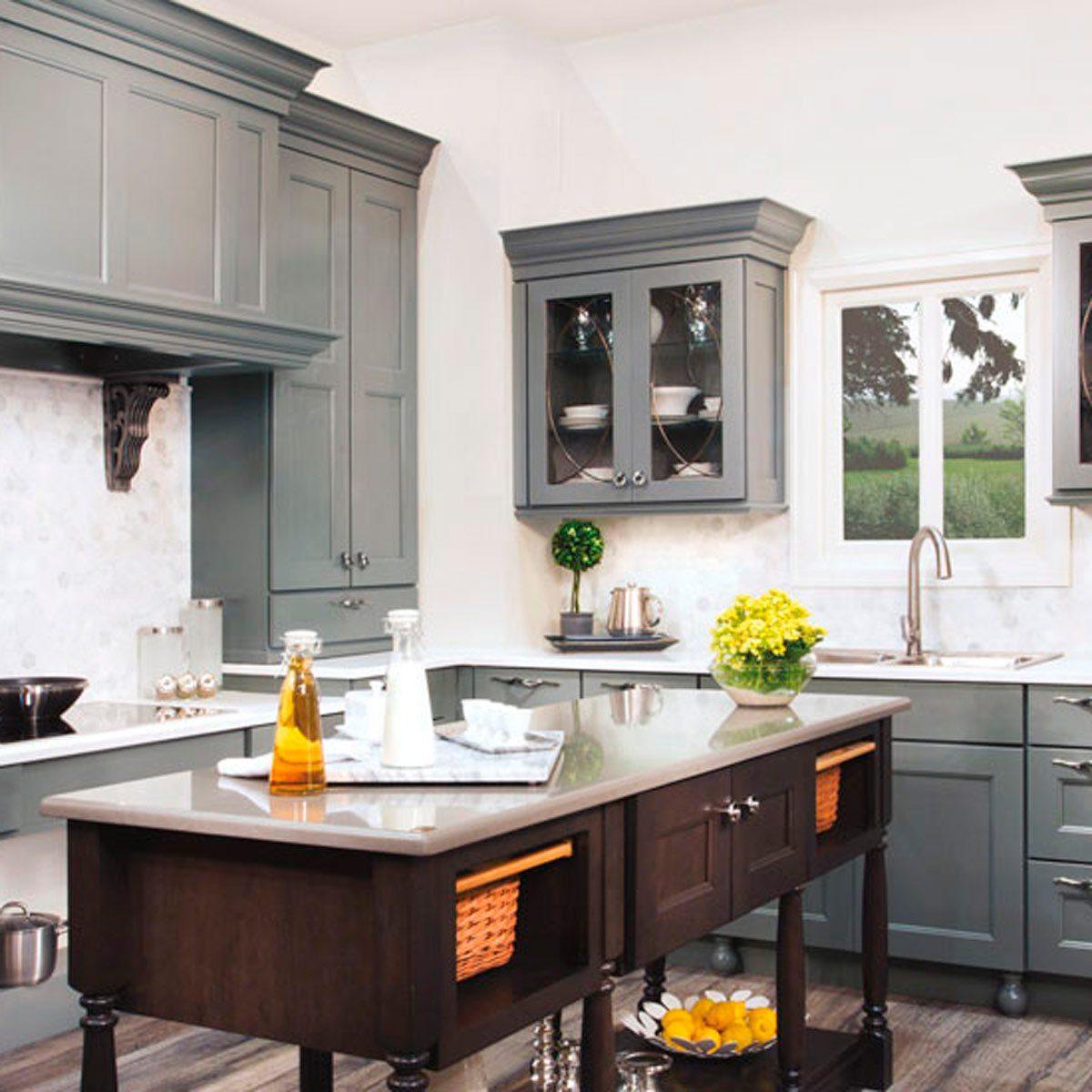 13 Stunning Dark Kitchen Cabinet Ideas | Family Handyman