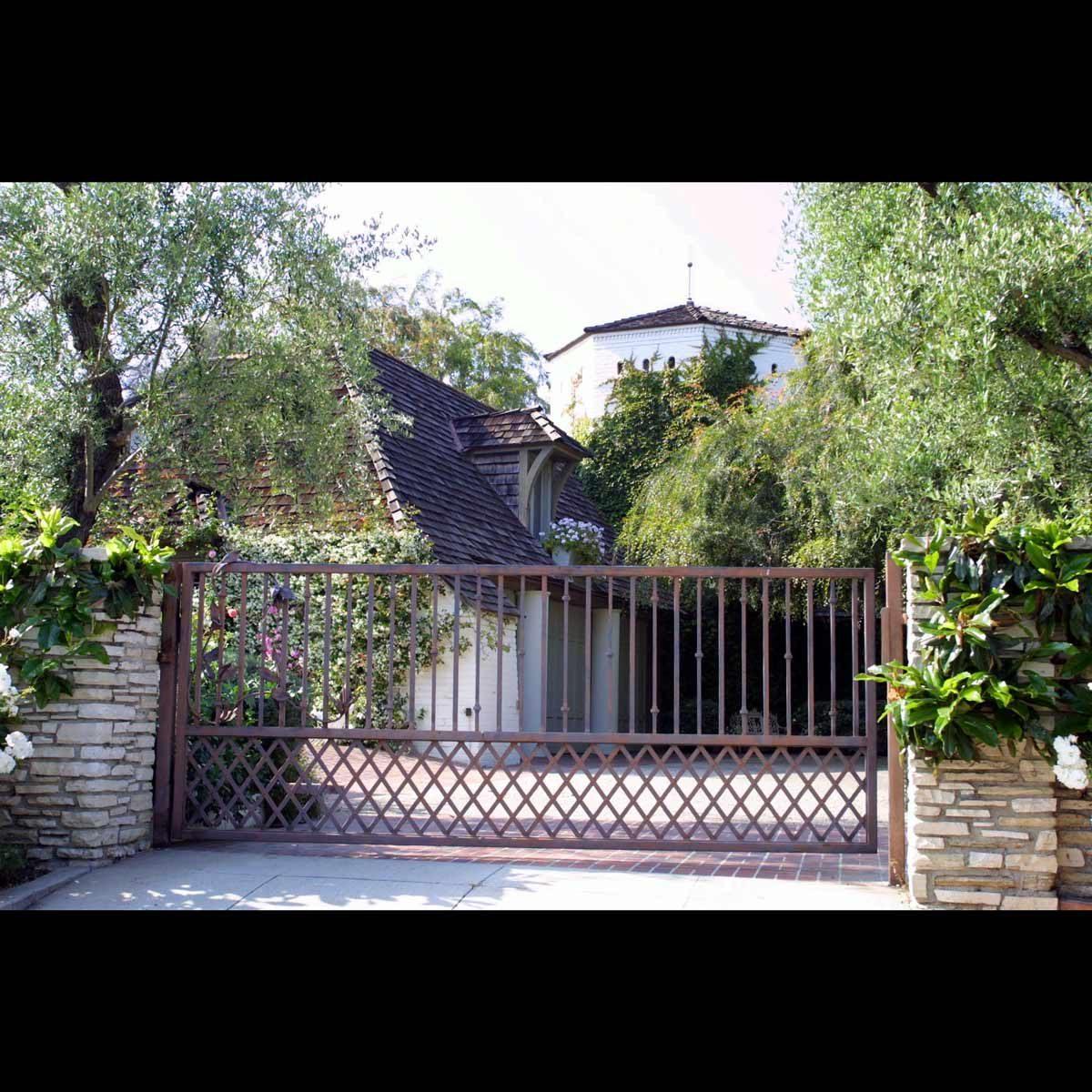 Jennifer Aniston Brad Pitt house