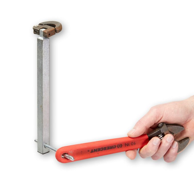 Tip for using a basin wrench | Construction Pro Tips