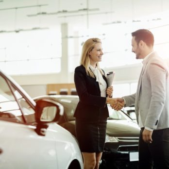 This Is the Best Time of the Week to Buy a Car