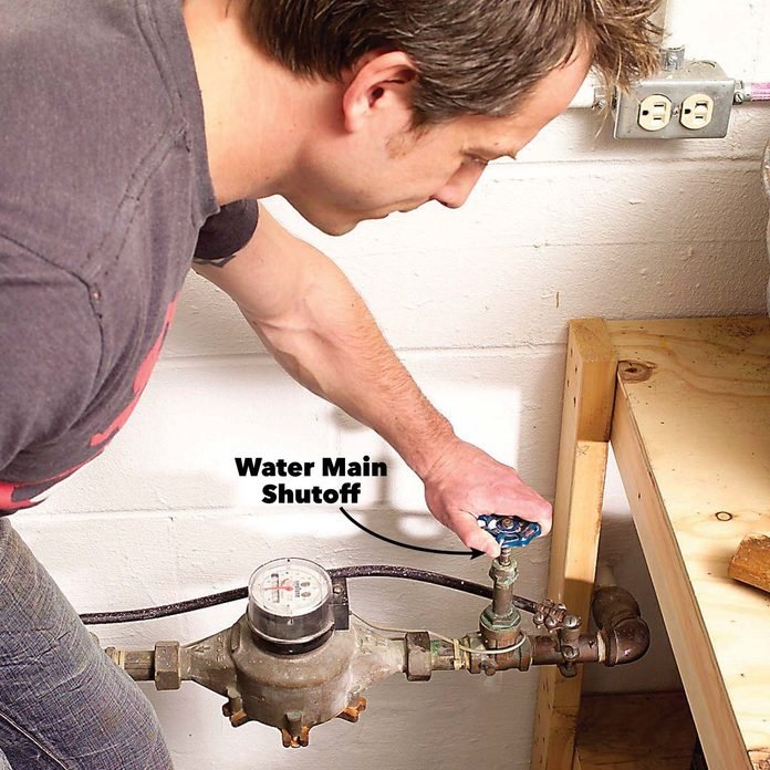 How to Turn Off Water To House and Prevent Damage (Guide)