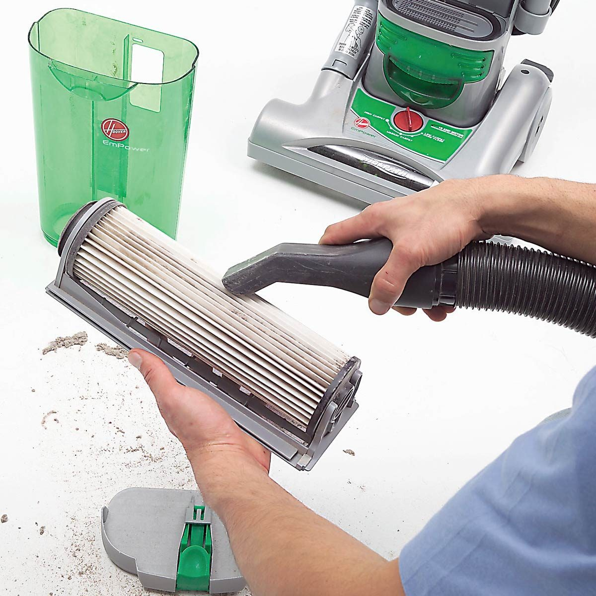 clean vacuum filter
