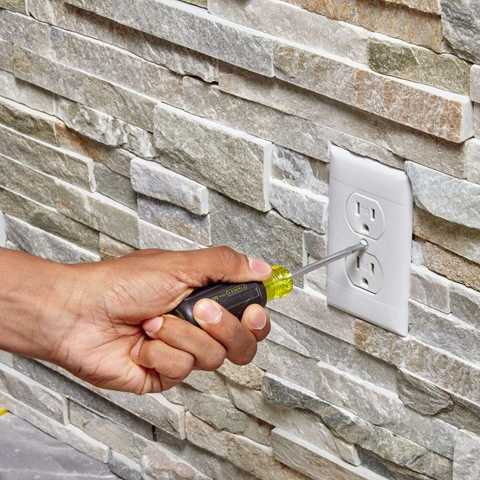 Attaching the outlet cover   Construction Pro Tips
