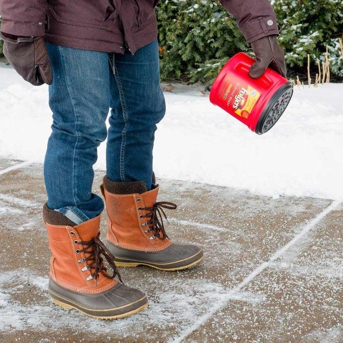 coffee can salt shaker de ice sidewalk HH