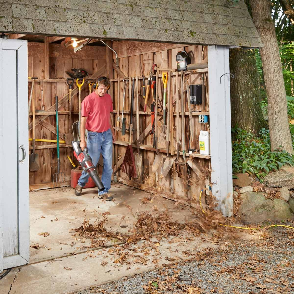 leaf blower wood shop