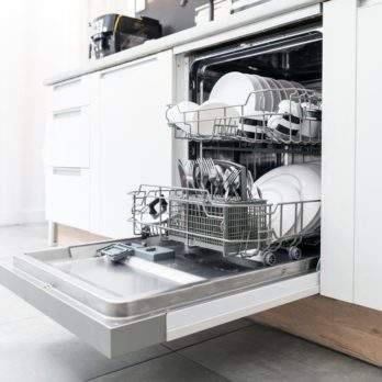 Heres What You Shouldnt Do When Washing The Dishes-shutterstock_730584517