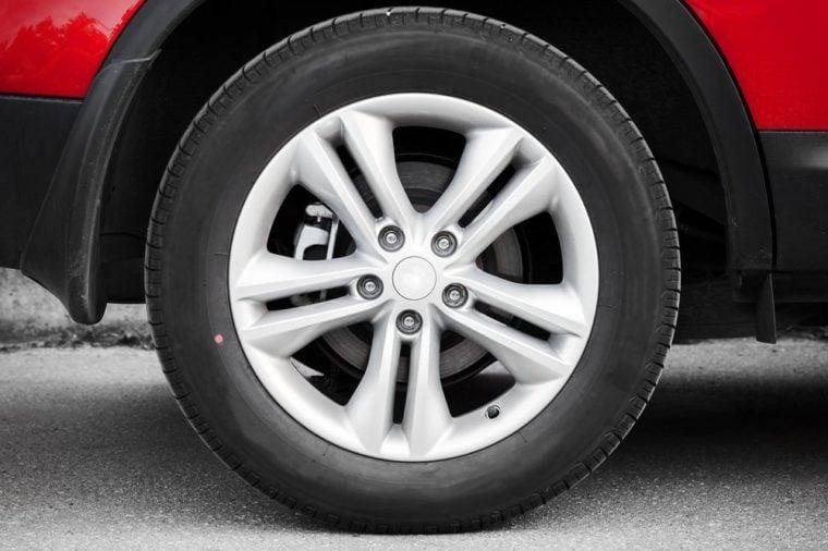 Modern automotive wheel on alloy disc