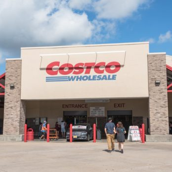 13 Ways Costco Tricks You into Spending More Money