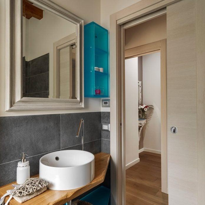 10 Genius Small Master Bathroom Ideas, Small Master Bathroom Floor Plans