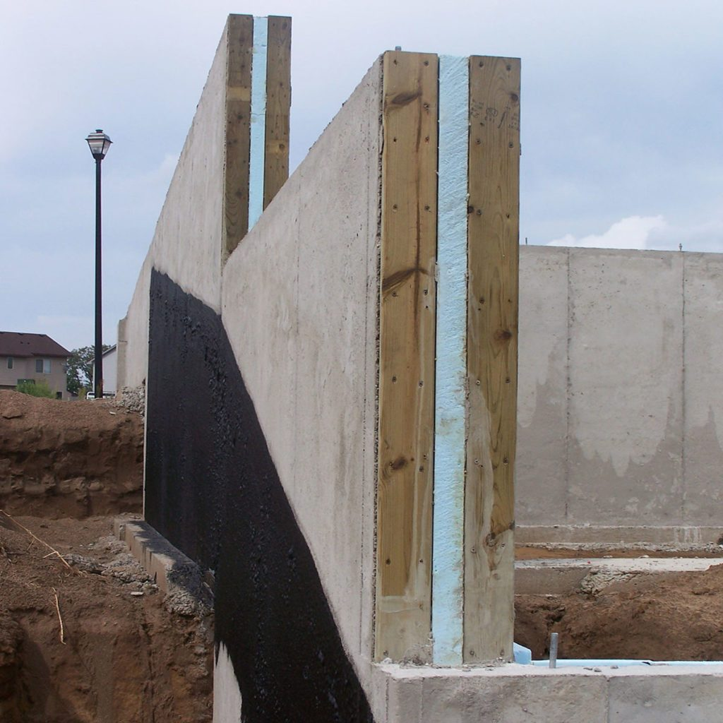 Theromass concrete foundations viewed from the side | Construction Pro Tips