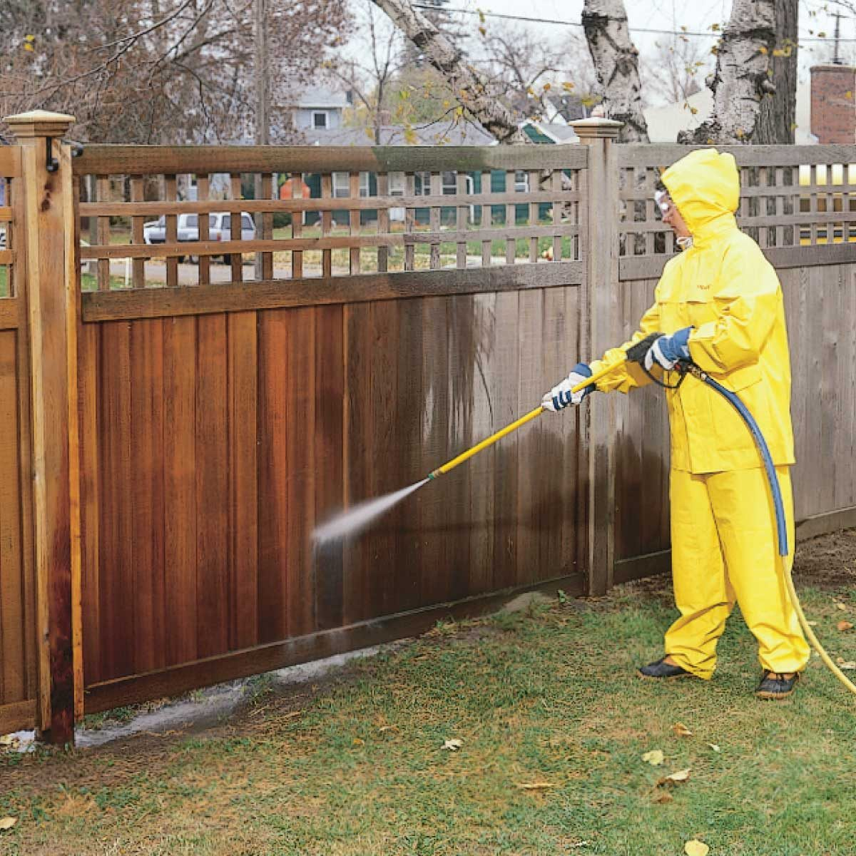 Wash fence powerwasher