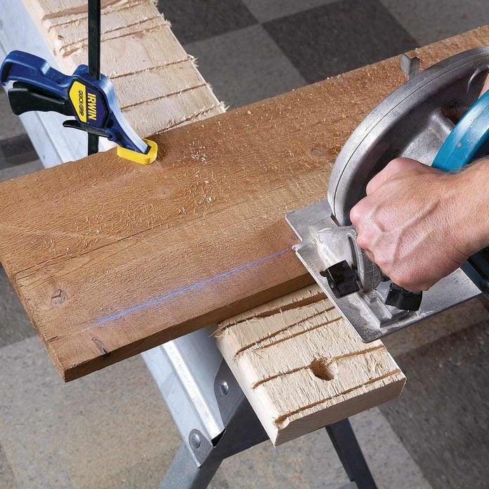 FH08NOV_493_08_011-1200 sawhorse tips
