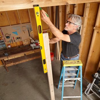 Tried-and-True Leveling Tips From Pro Carpenters