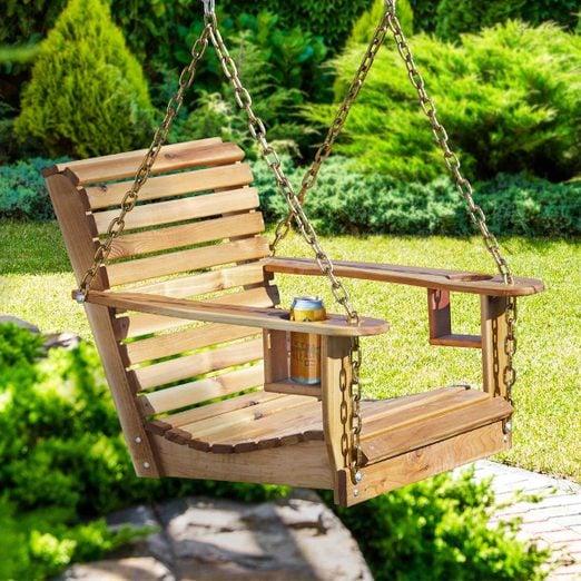 FH19APR_59367_017shutterstock_254487943_hsp-1200 backyard swing