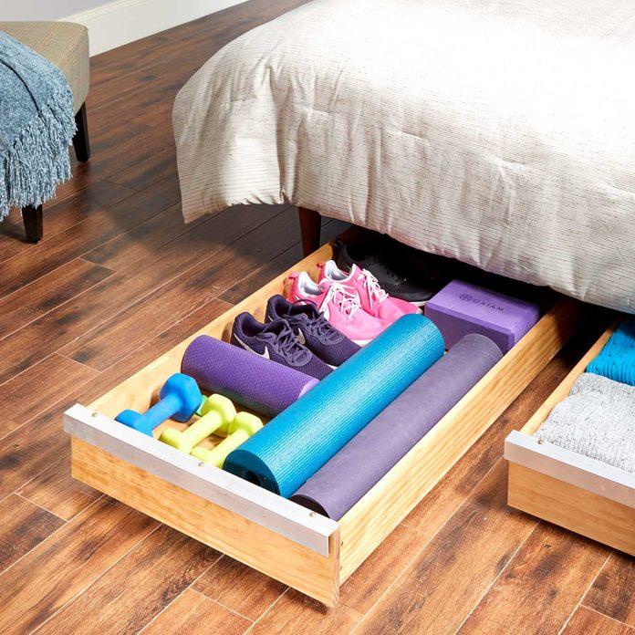 FH19JUN_595_55_004-1200 under-bed storage