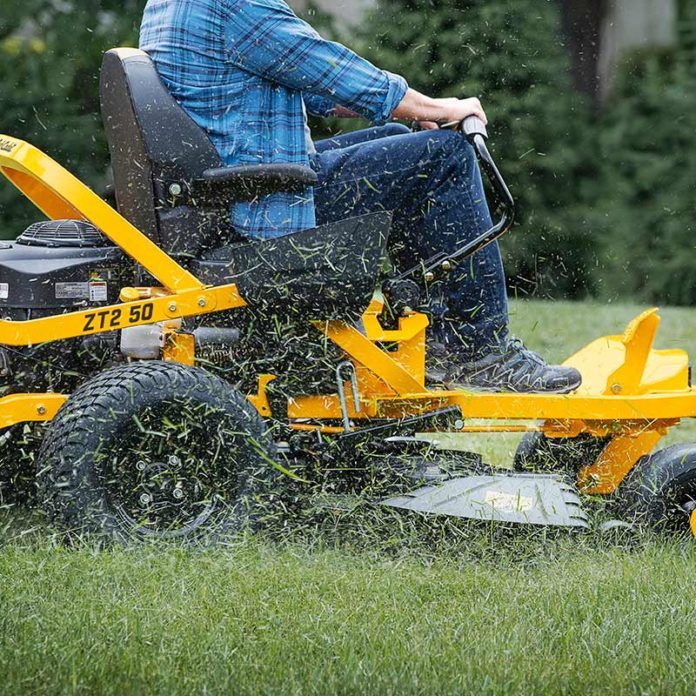 Lawn Mowing Tips Every Homeowner Should Know