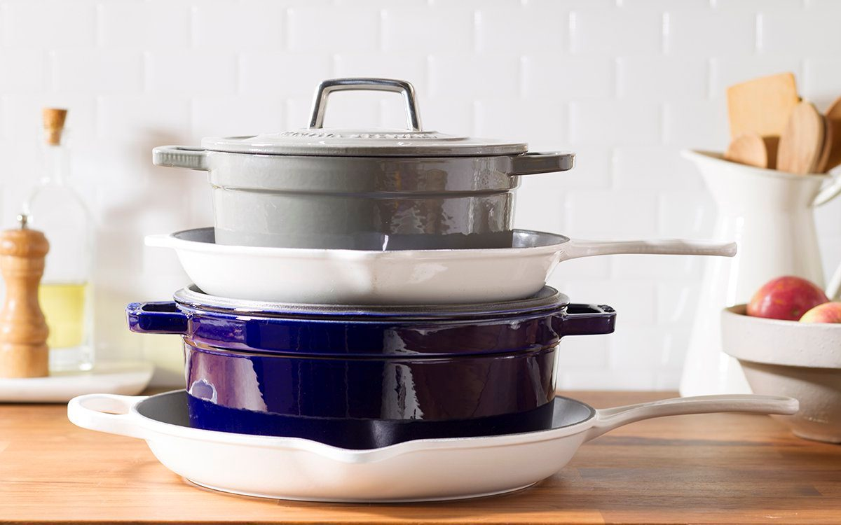pots;pans;cookware; kitchen