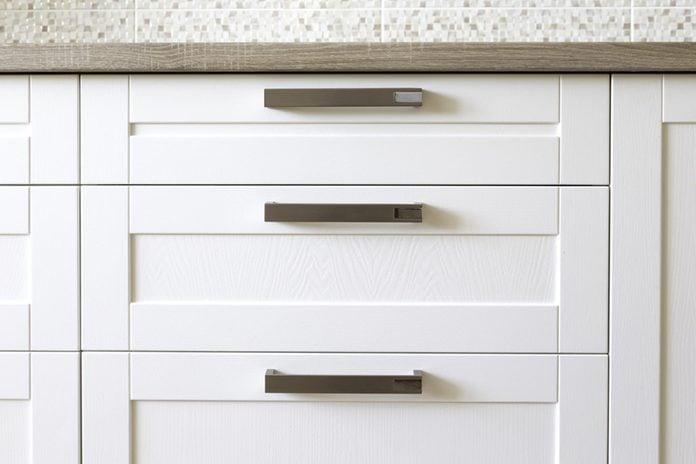 kitchen cabinets white handles