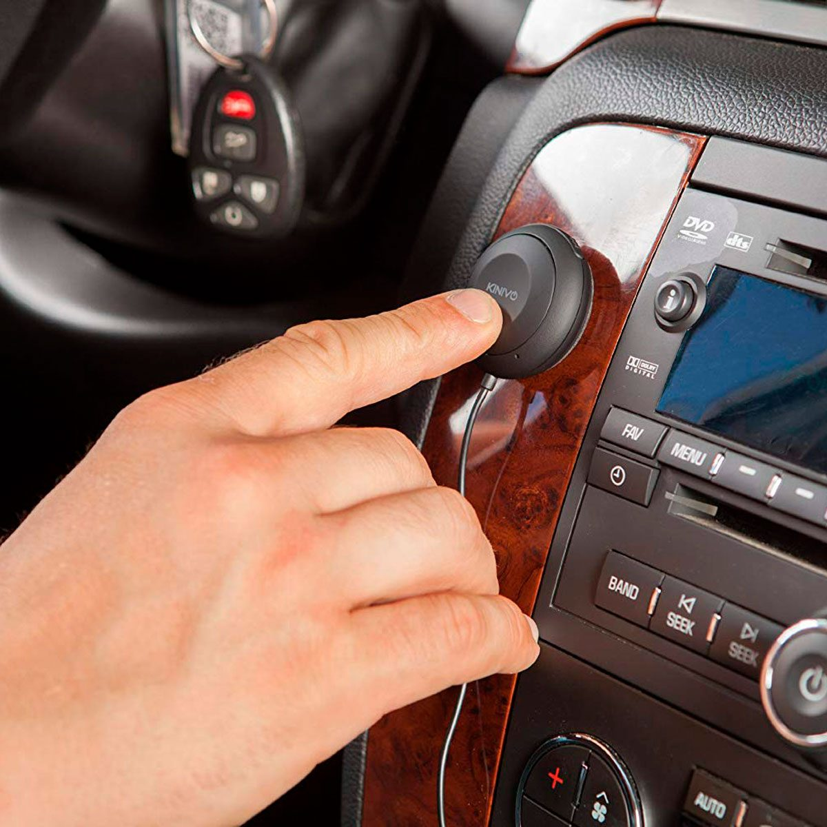 0a70e3cd8d3 10 Hands-Free Driving Devices You Need in Your Car Now | Family Handyman