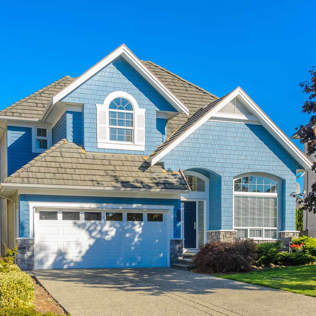Best Exterior Paint Colors: Here Are The 19 Most Popular Exterior Colors