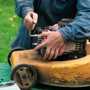How to Know When You Need a New Lawn Mower