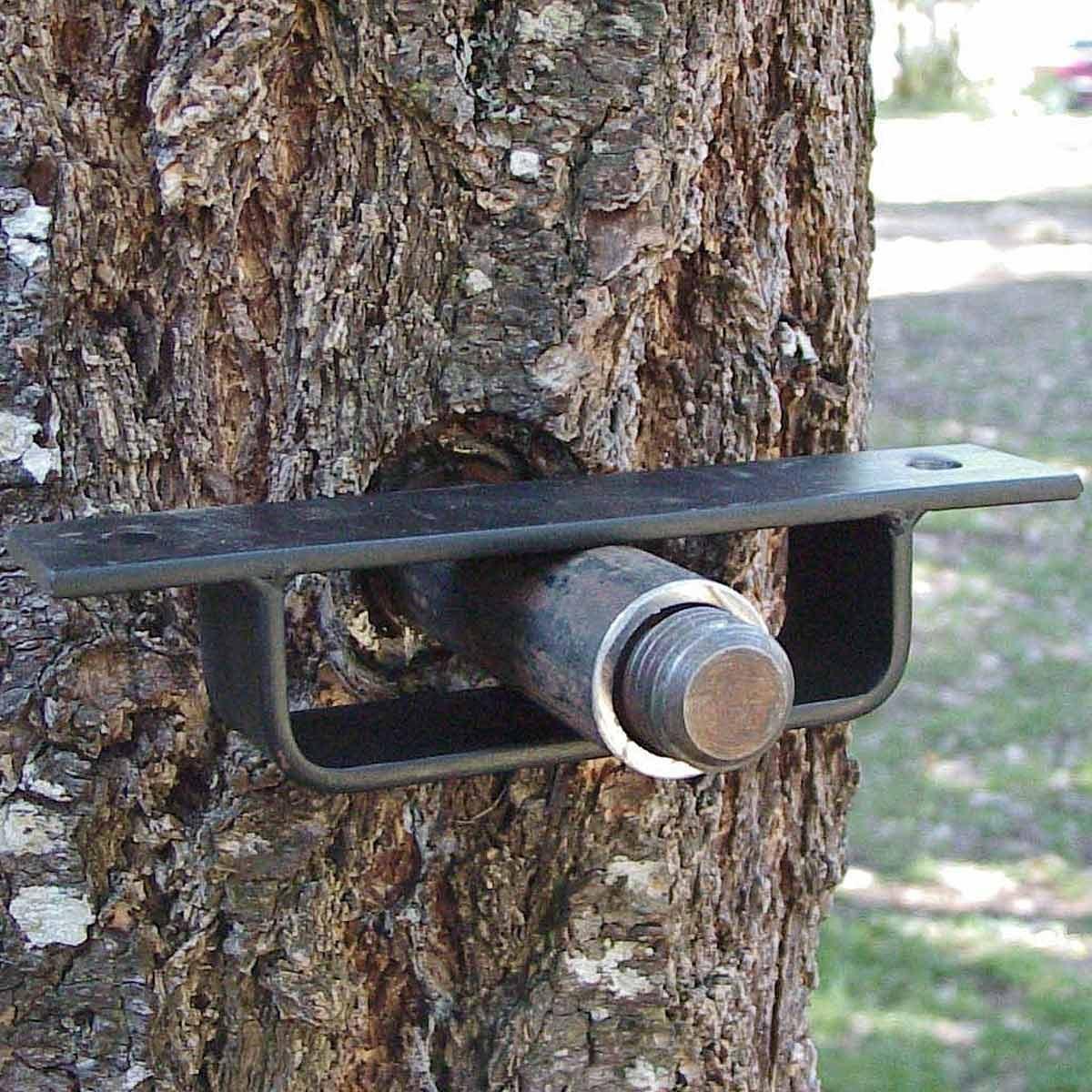 How to Build a Tree House | Family Handyman
