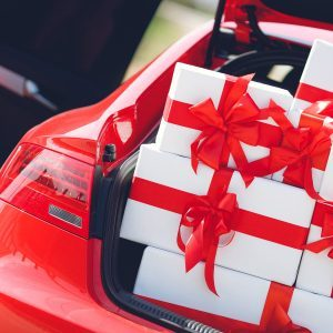 10 Dumbest Giveaways Car Dealers Use