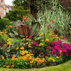 Super-Useful Flower Bed Planners You Should Know About