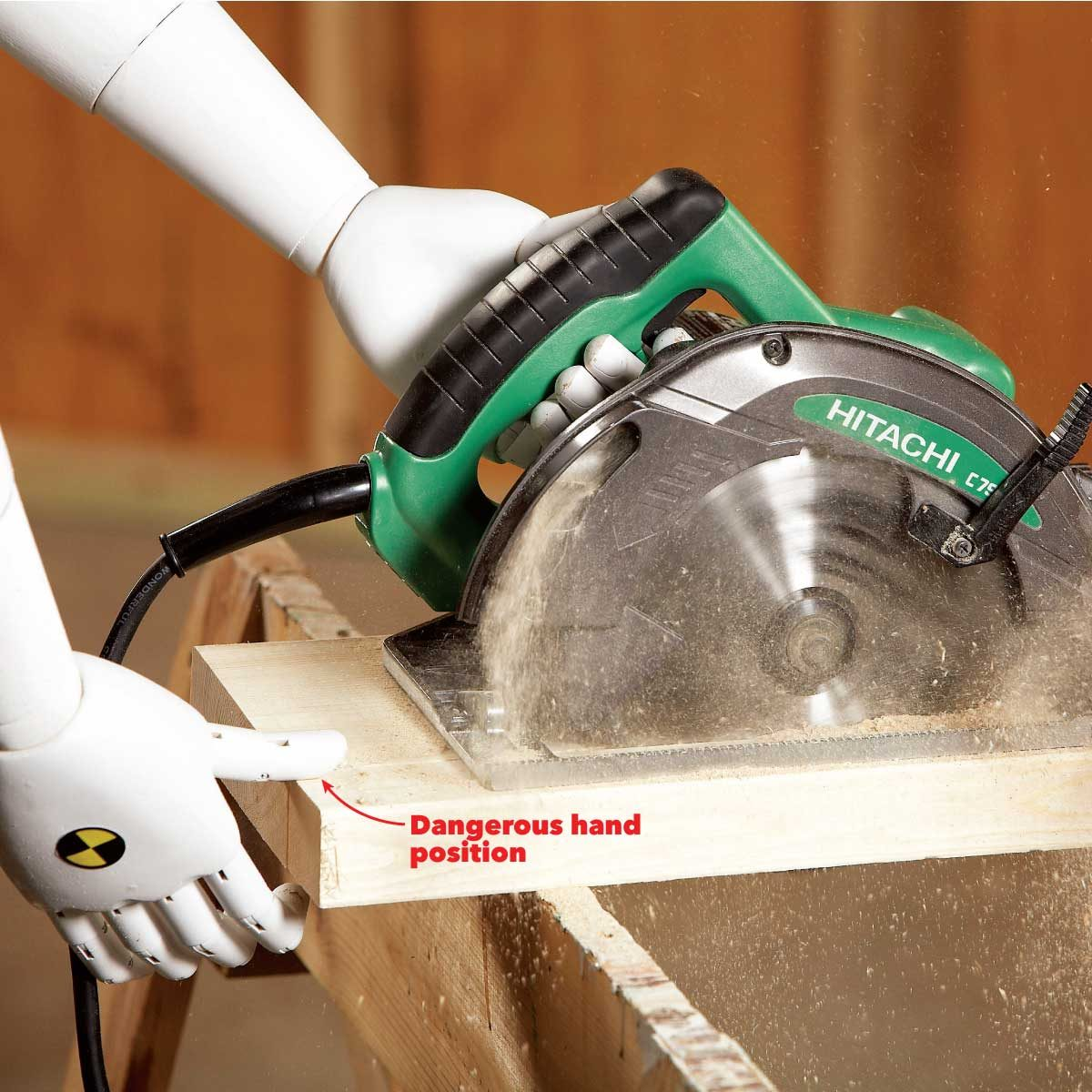 common safety injuries don't put your hand directly behind a circular saw